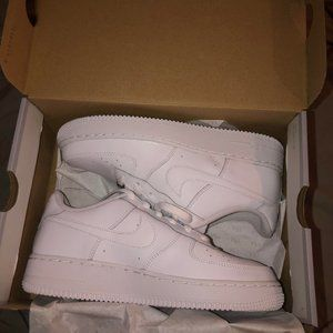 **UNWORN** Nike Air Force 1's - sizes 7.5/8 WOMENS